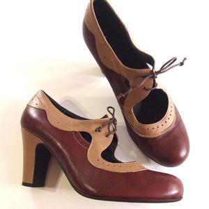 Miz Mooz Oxford Sadle Heels SZ 10
